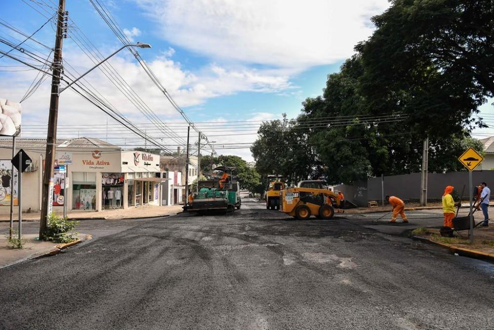 Recapeamento de vias próximas à Matriz está sendo finalizado