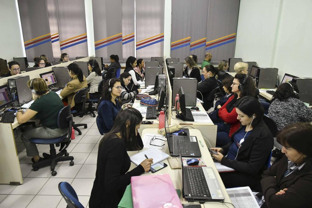 Professores e coordenadores recebem formação para o Clube do Saber