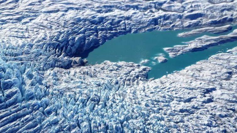 Degelo na Groenlândia e na Antártida deixa cientistas preocupados (Arquivo/ Nasa/Via Reuters/Direitos Reservados)