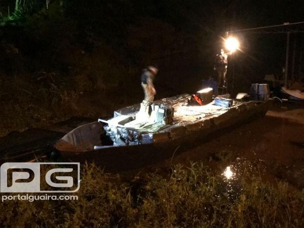 Operação integrada apreende embarcação, caminhão e cigarros em Guaíra
