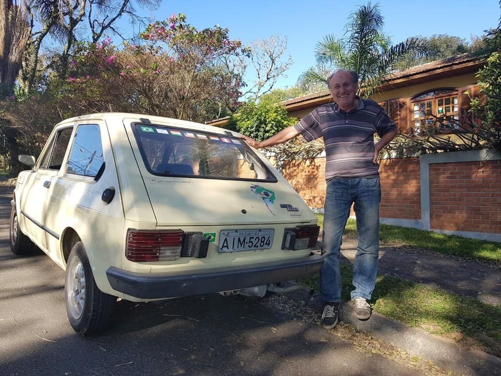 Curitibano aposentado viaja 15 mil km sozinho pela América do Sul com um Fiat 147