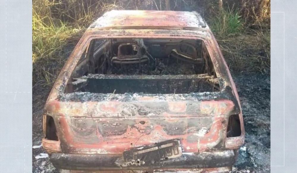Mulher de 30 anos foi encontrada morta dentro de carro queimado, no Norte Pioneiro — Foto: Reprodução/RPC