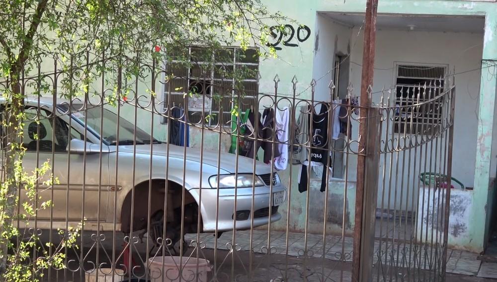 Casal foi morto em casa, no Jardim Europa, em Foz do Iguaçu, na madrugada desta quinta-feira (11) — Foto: Reprodução/RPC
