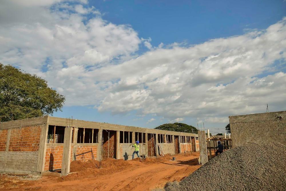 Em Umuarama obras avançam na escola municipal em construção na zona seis