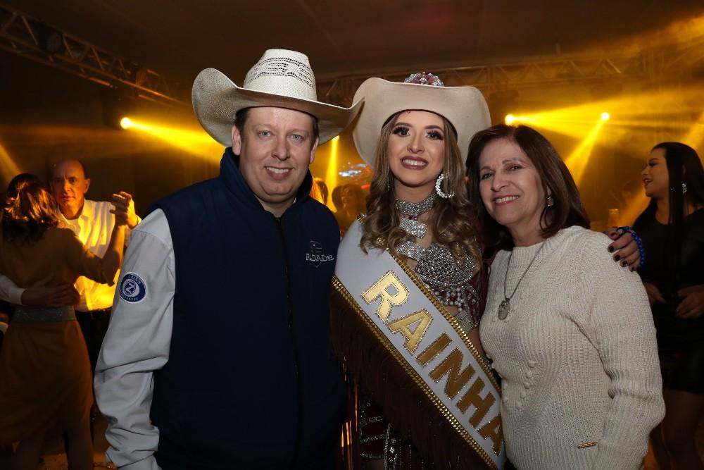 Eleita a Rainha, Princesa e Madrinha da Expo-Pérola 2019