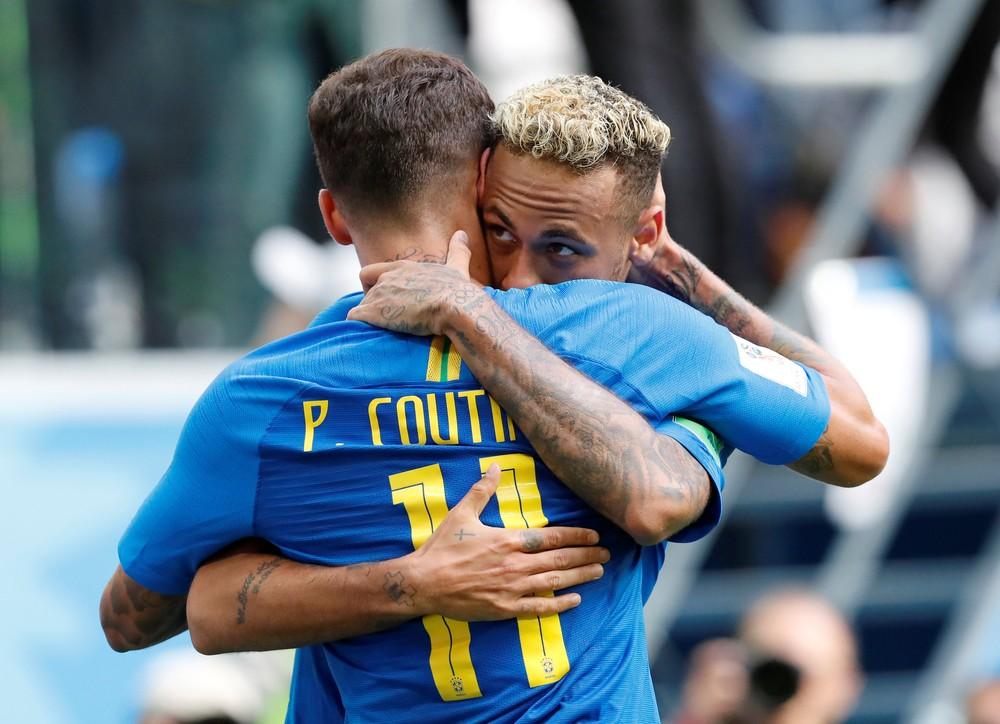 Coutinho e Neymar juntos na seleção brasileira — Foto: Reuters