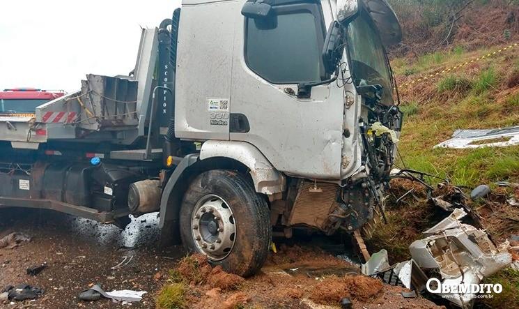Corpo de bombeiros confirma mortes de Tomeya Sasahara e Erika Bortot em acidente na BR-277
