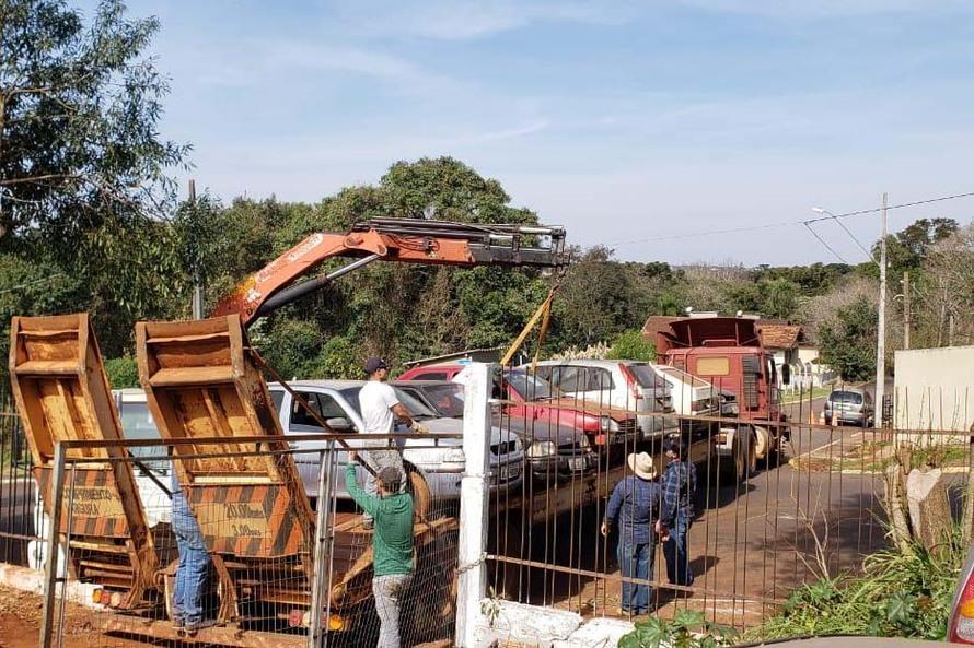Veículos apreendidos são retirados de pátios de delegacias e vias públicas. Foto: Divulgação/Policia Civil
