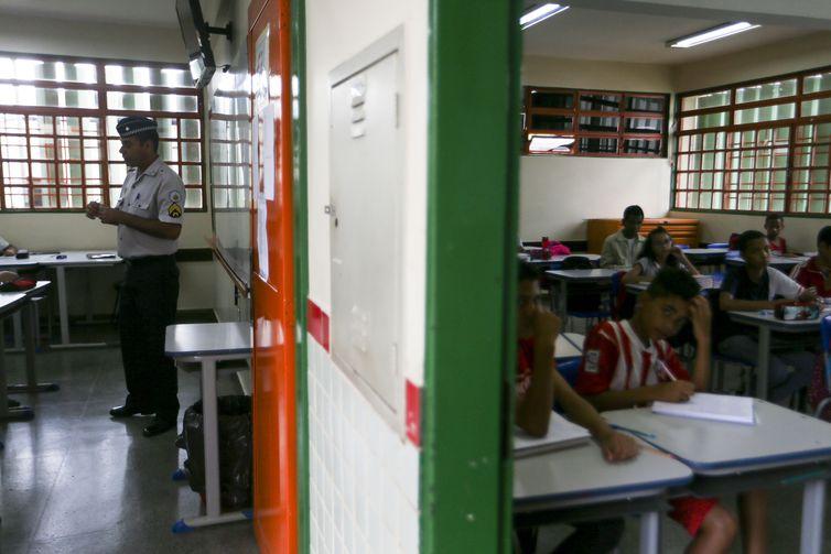 Modelo cívico-militar implantado em escola pública do Distrito Federal – Foto: Marcelo Camargo/Agência Brasil