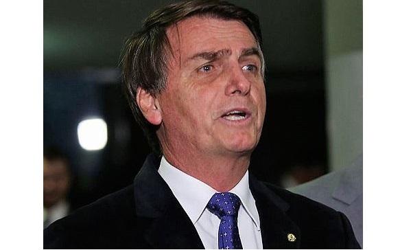 O PRESIDENTE BOLSONARO FALOU DE LULA PELO TWITTER. (FOTO: FÁBIO RODRIGUES POZZEBOM/AGÊNCIA BRASIL)