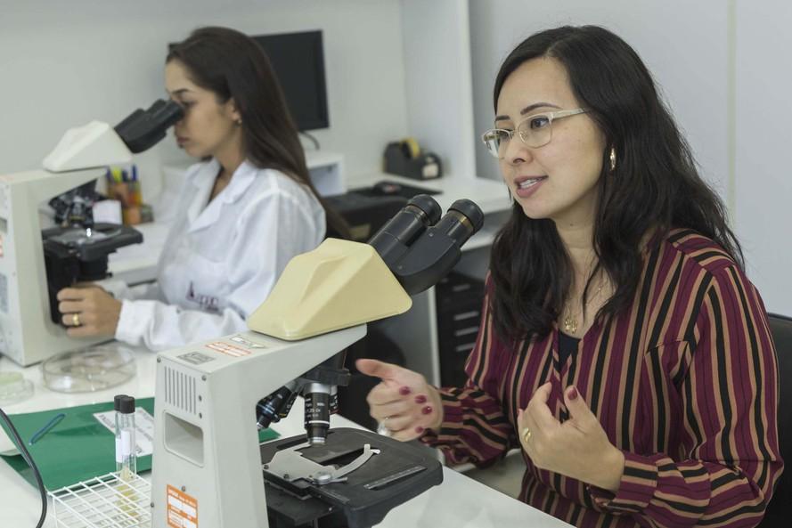 Pesquisadores da UEM desenvolvem teste rápido e seguro contra a dengue. Foto: UEM
