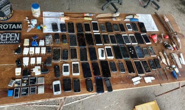 60 celulares é apreendido durante revista na cadeia de Cianorte