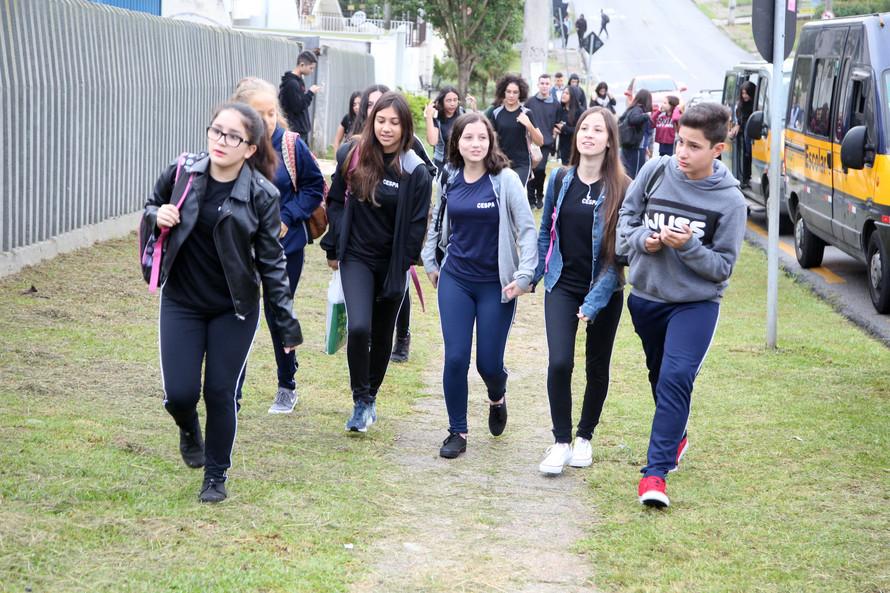 Volta às aulas Colegio Estadual São Paulo Apóstolo.Uberaba. FOTO: ARI DIAS/AEN
