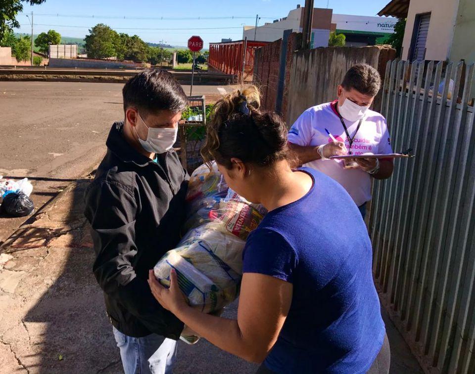 Prefeitura de Maringá entregou 12 mil cestas básicas para famílias em vulnerabilidade