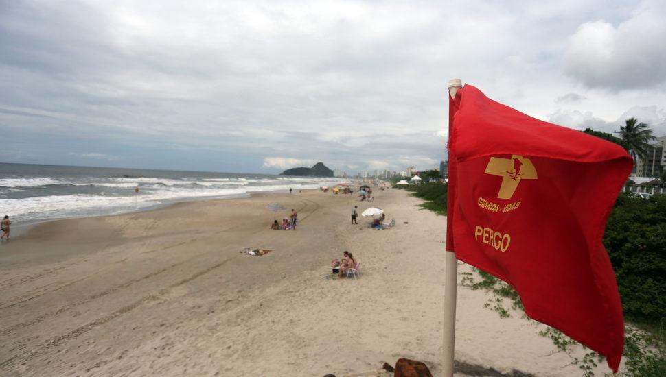 Cidades do Litoral do Paraná vão bloquear acesso para turistas no feriado de Corpus Christi