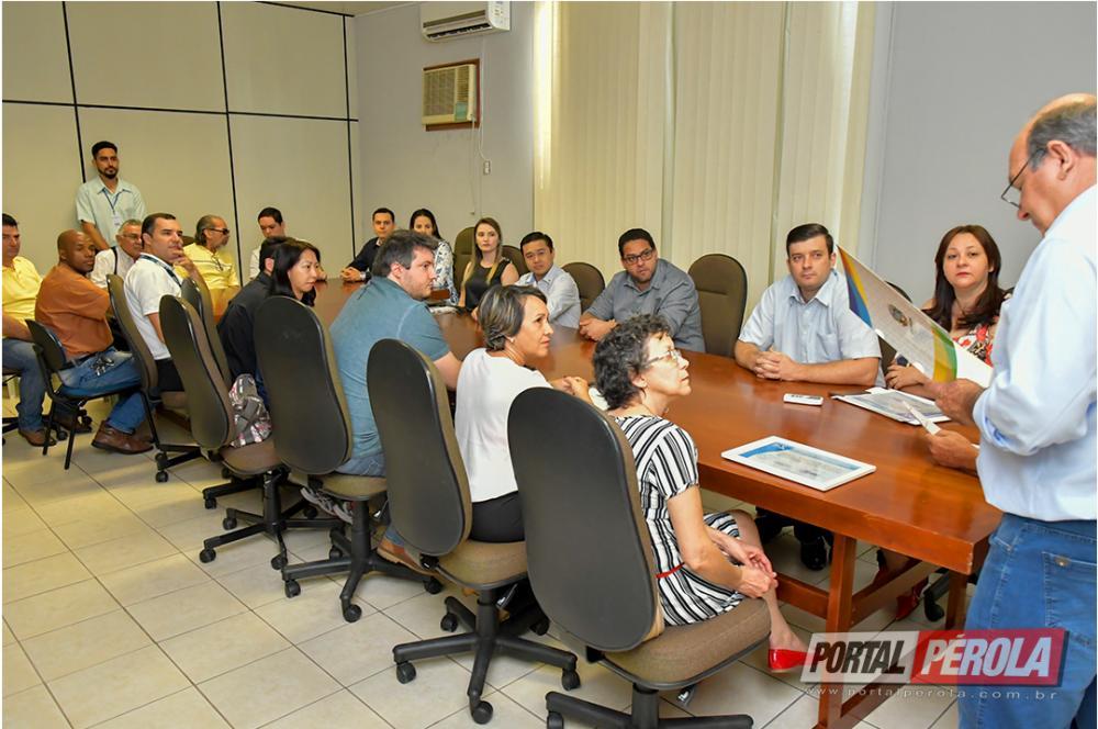 Empresas de Umuarama recebem o selo Qualidade no Turismo do Paraná