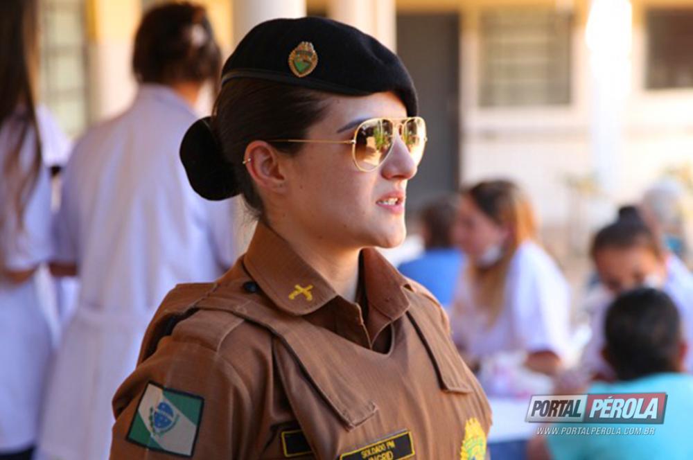 Policia Militar de Umuarama visitou o Lar São Vicente em comemoração ao Dia das Mães