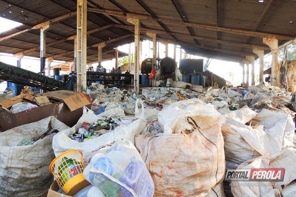 Umuarama pode implantar sistema para reciclar parte do lixo domiciliar