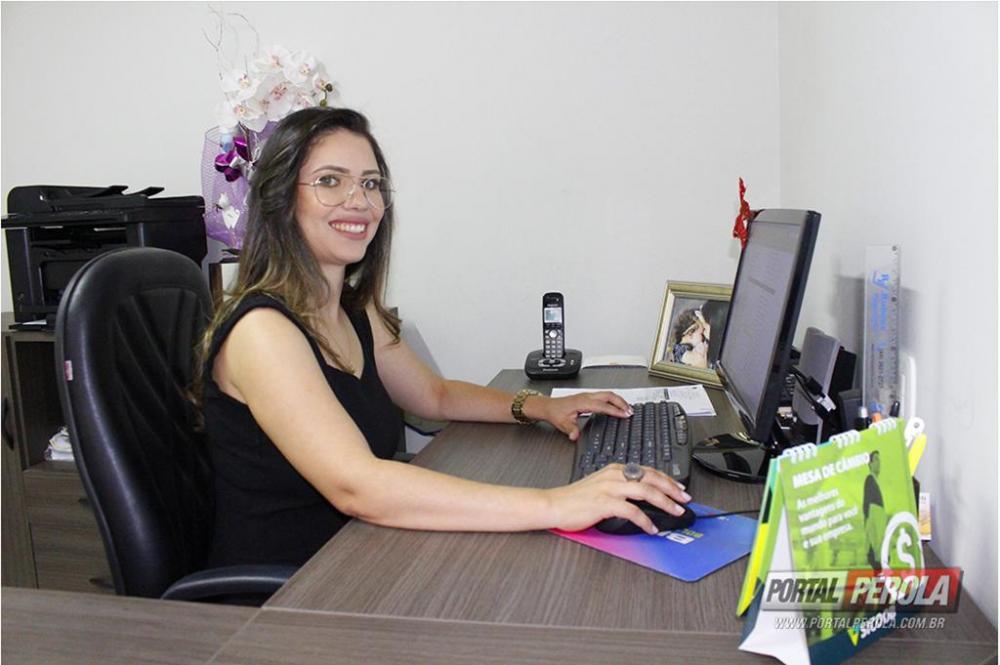 Ex-aluna da Unipar monta seu próprio escritório e comemora vitória