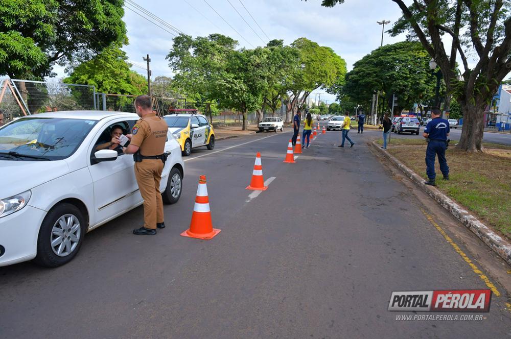 Maio Amarelo tem blitz de fiscalização do trânsito