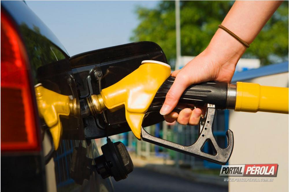 Governo e Petrobras discutem alta do combustível nesta terça-feira