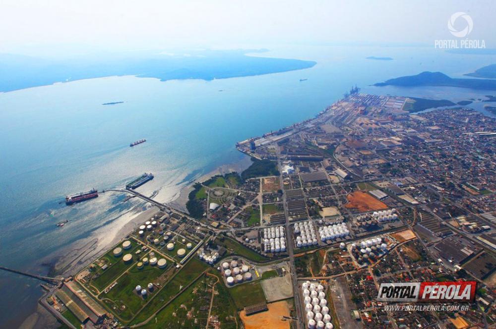 Protesto dos caminhoneiros reflete no Porto de Paranaguá e diminui operações de granéis em 27%