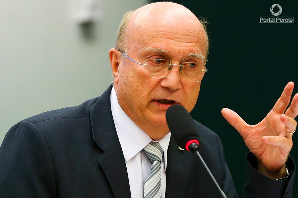 Dr. Osmar beneficia mais dezessete municípios com ambulâncias