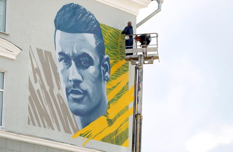 Neymar ganha mural em cidade russa que já homenageou Cristiano Ronaldo e Messi