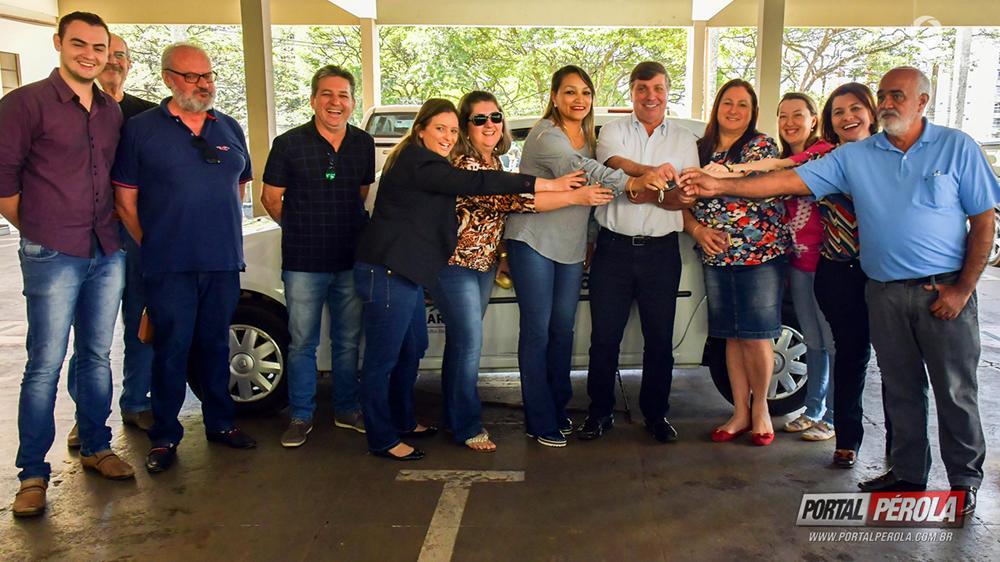 Conselho Tutelar de Umuarama recebe veículo doado pela União
