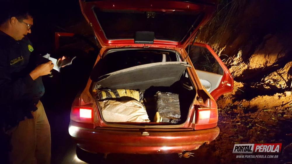 Polícia Militar de Pérola, em conjunto com demais DPMs, apreendem veículo com aproximadamente 103kg de maconha