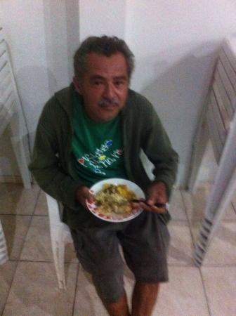 Homem morre depois de passar 24h esperando por ambulância, em Fortaleza
