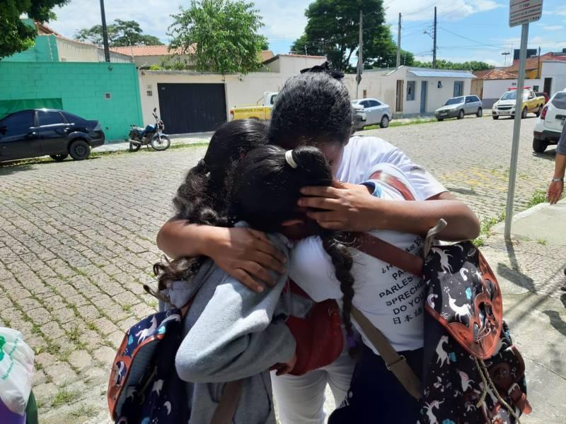 Vítimas de massacre em escola de Suzano são veladas em Suzano
